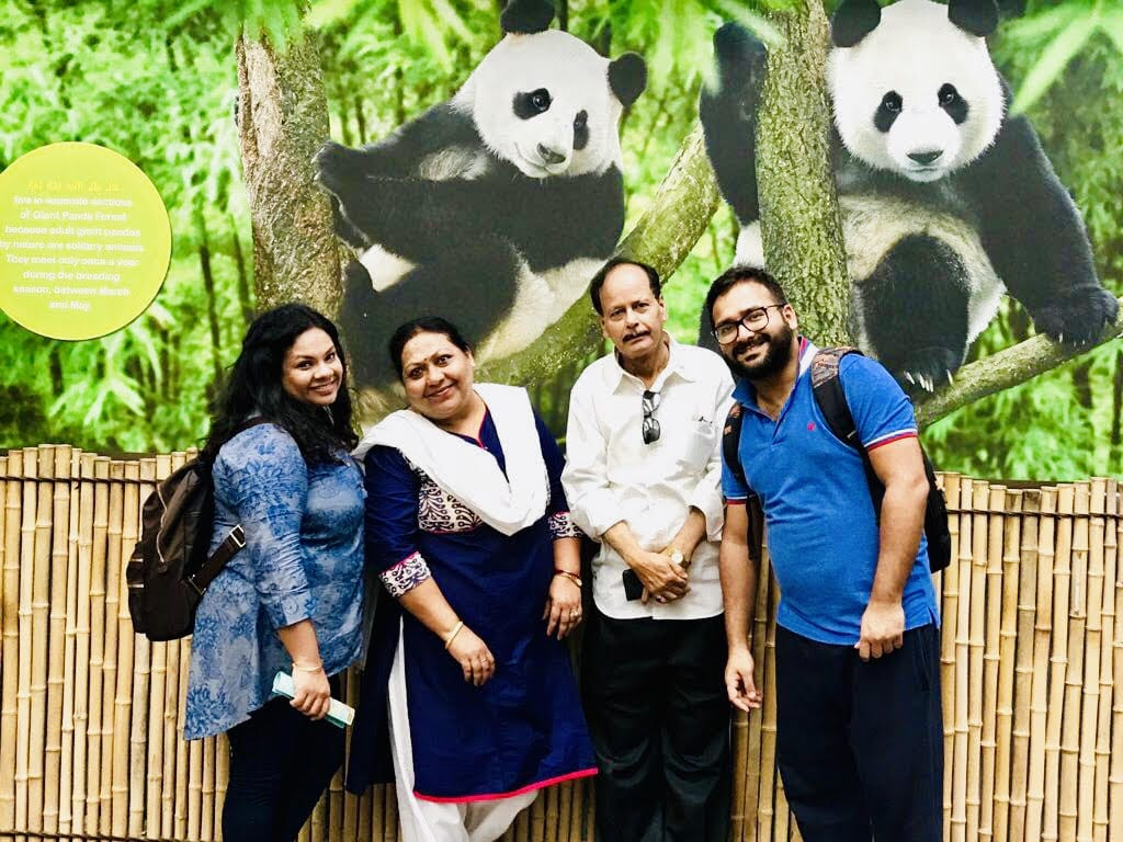 Meet Nidhi Saraf Chatterjee, an Indian business analyst now living in Singapore. In this interview, she shares her tips for moving abroad, including what it's like to live in Singapore. | #expat #expatliving #expatlife #indianexpat #singapore #asia #expattales