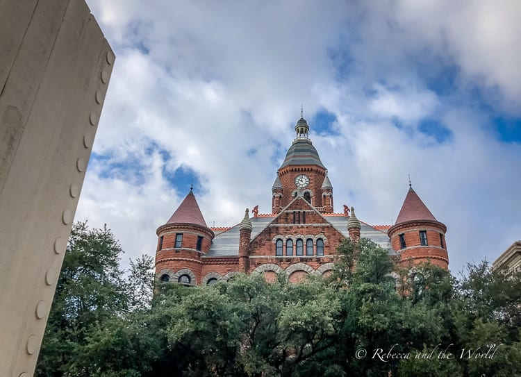 Visiting Dallas? Join one of these Dallas tours to experience the best of the city! From food to history to sport, there's a tour for everyone! | #dallas #texas #dallastx #dallastours #texastravel #tourtexas #travelguide #cityguide #dallasthingstodo