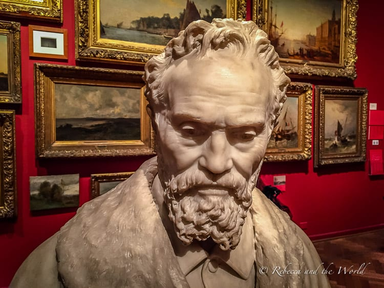 The Museo Nacional de Bellas Artes features works from Latin American artists as well as the European masters