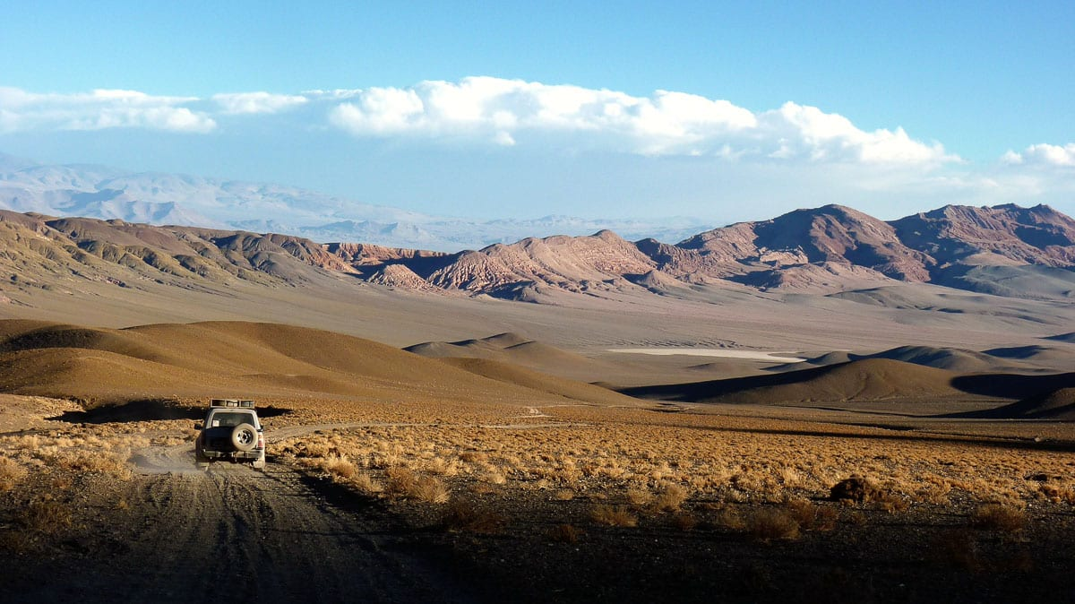 The distances in Argentina are enormous - flying is the best way to get around when you honeymoon in Argentina