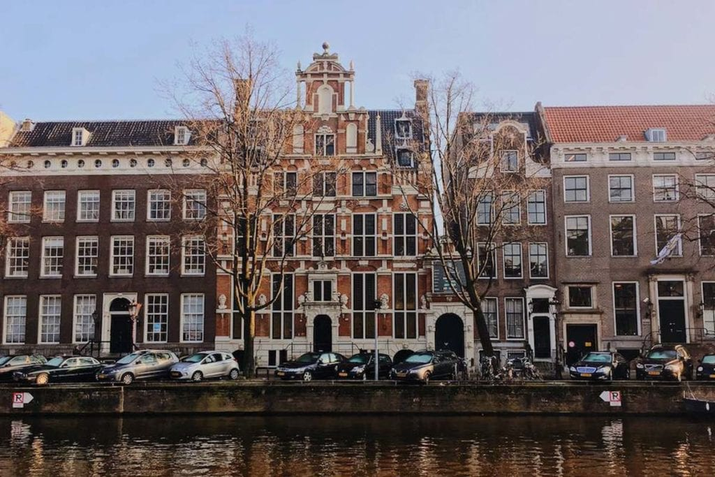 If you're considering becoming an expat, Amsterdam in the Netherlands is a great city to start your expat experience