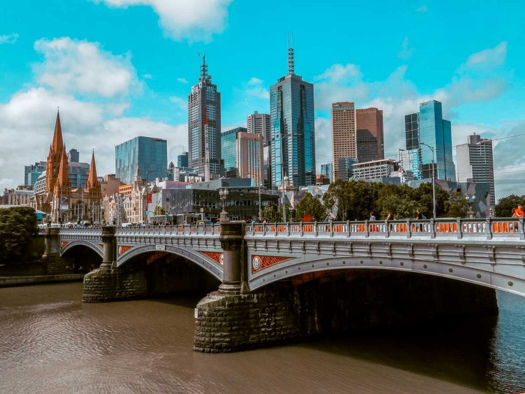 The Yarra River runs through the heart of Melbourne - add a kayak trip or cruise down the river to your Melbourne bucket list