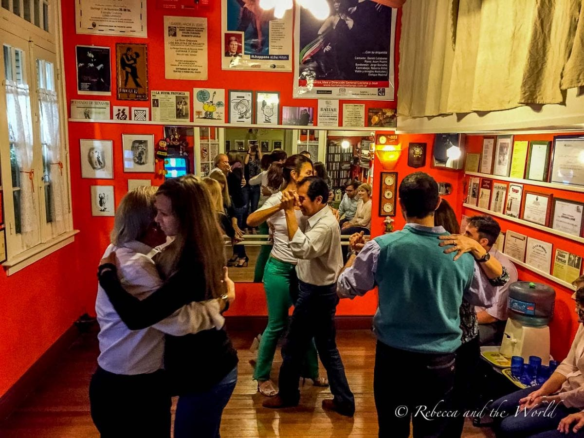 If you're interested in learning a few steps of tango while you visit Argentina, there are plenty of people offering private dance lessons