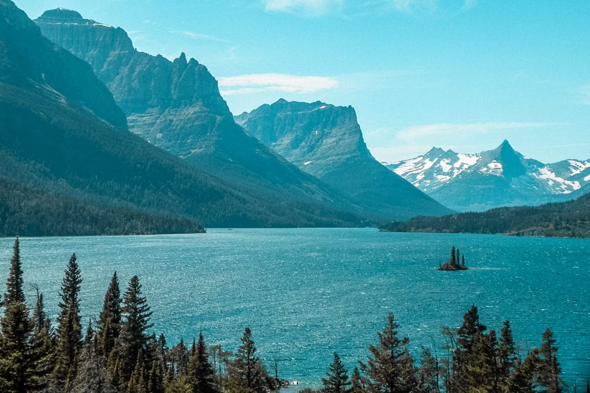 Stop by to explore one of the most stunning places in the USA - Glacier National Park